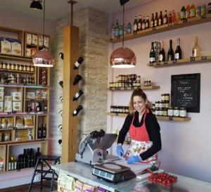 FINE ITALIAN FOOD AN WINE